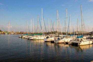 さわやかな風が吹く静かな港をイメージして制作した曲「港の風」